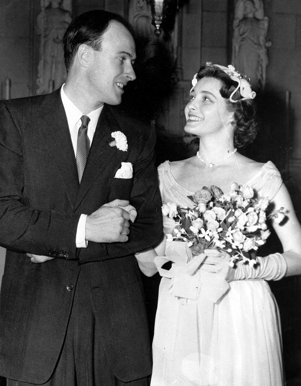 Roald-Dahl-ve-Patricia-Neal-evlilik-gunu-1953