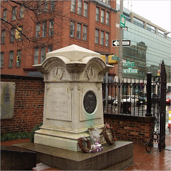 Edgar-Allan-Poes-grave-Baltimore-MD