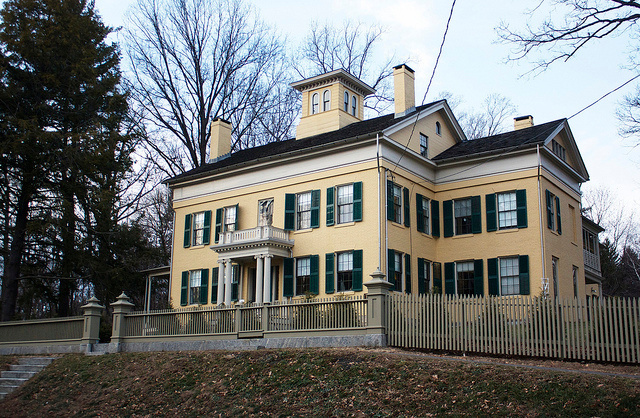 Emily-Dickinson-Museum-Amherst-MA