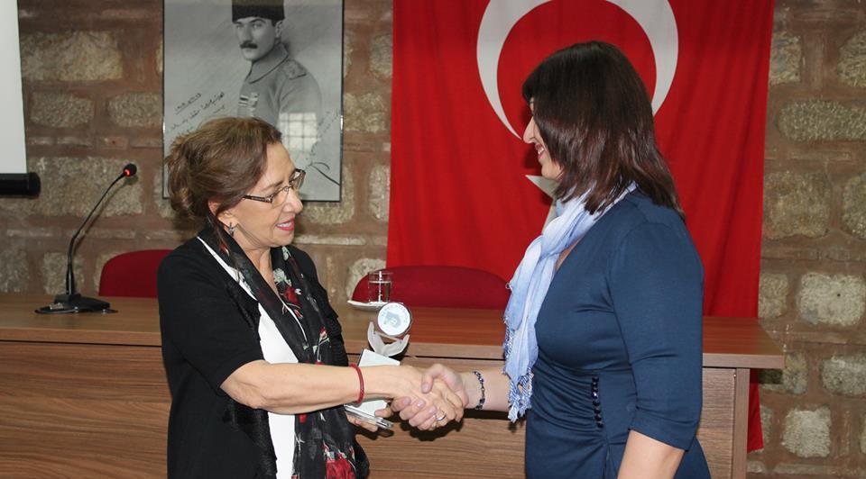 Selcuk-baran-oyku-odulu-inci-aral-2014-