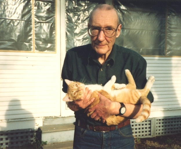 William-S-Burroughs-cat-2