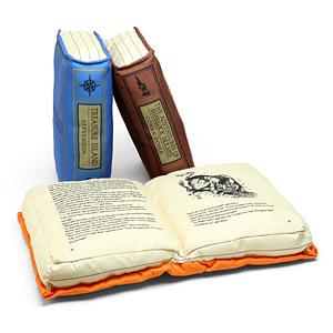 kitap-seklinde-yastik