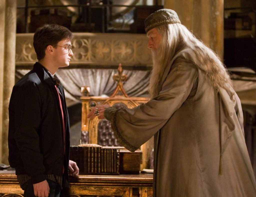Harry-potter-ve-Dumbledore-j.k-rowling-mektup-yazdi