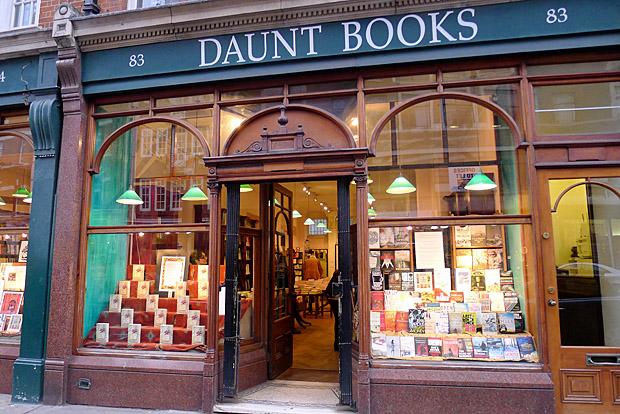 Daunt-Books-london-kitapci-3