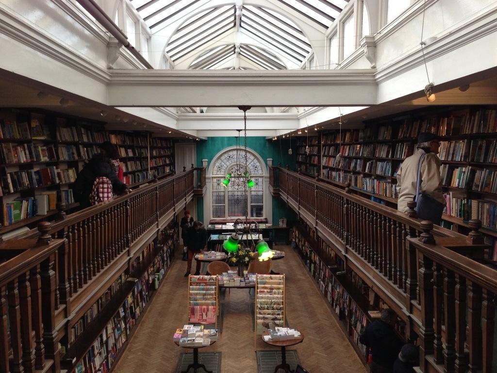 Daunt-Books-london-kitapci-6