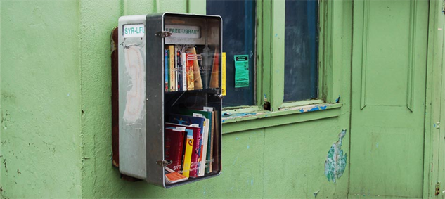 kucuk-telefon-kulubesi-kutuphane-Repurposed-phone-booth_Syracuse-Newyork