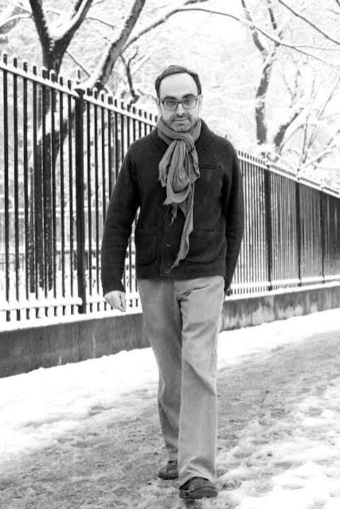 Gary-Shteyngart_striding-through-a-New-York-City-winter-creative-scarf-on-full-display