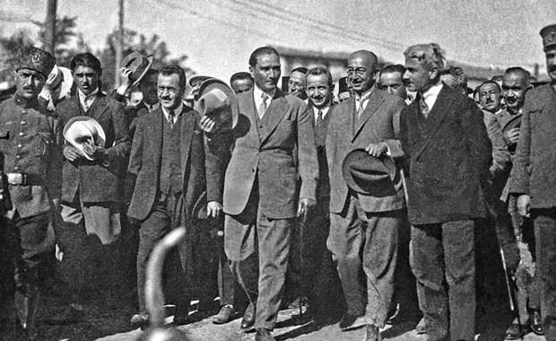 Mustafa-Kemal-Atatuk-un-bilinmeyen-fotografi-17 - Kopya