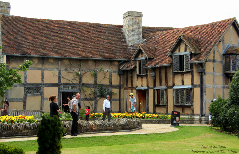 Stratford-upon-Avon-william-shakespeare-house-1
